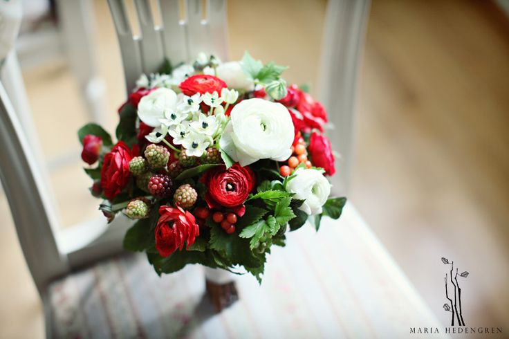 flower bouquet. berries bouquet.  image by Maria Hedengren
