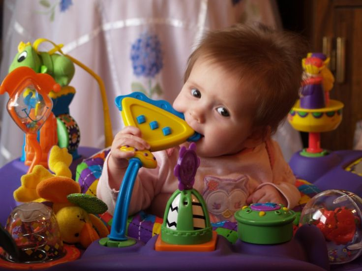 The use of toys and their benefits  Games and toys are a very important stimulus in the development of each child. The best toy is the one that best suits the moment of the child's development    https://ritzceli.com/blogs/news/the-use-of-toys-and-their-benefits