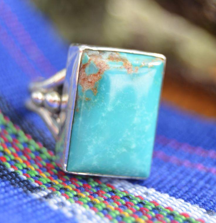 Navajo hecha a mano de plata y turquesa cuadrada kingman anillo tamaño 6.75 de NavajoSilverShop en Etsy https://www.etsy.com/es/listing/458976924/navajo-hecha-a-mano-de-plata-y-turquesa
