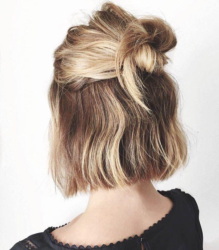 Makes me want short hair again! :'(  Hairstyles Quick updos Hairstyles for short hair Easy work hairstyles 