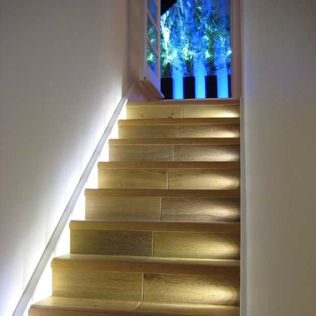 Lighting Basement Washroom Stairs: Staircase Wall Lighting