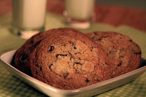 Gail's Artisan Bakery chocolate chip cookies (via LA Times)