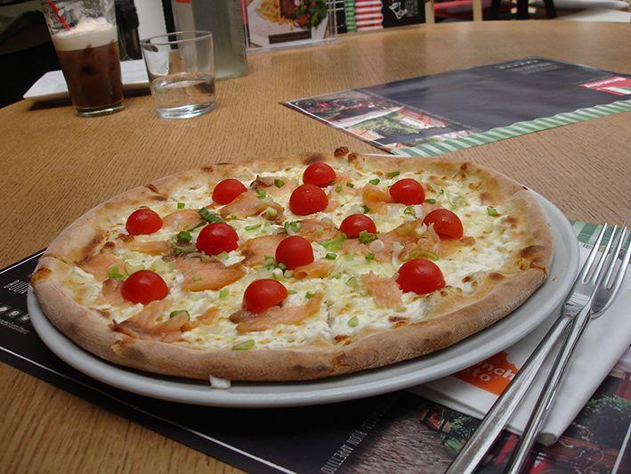 Brunchy Risto Pizza Pasta Italian taste Athens Restaurant Greece Smartpark Food