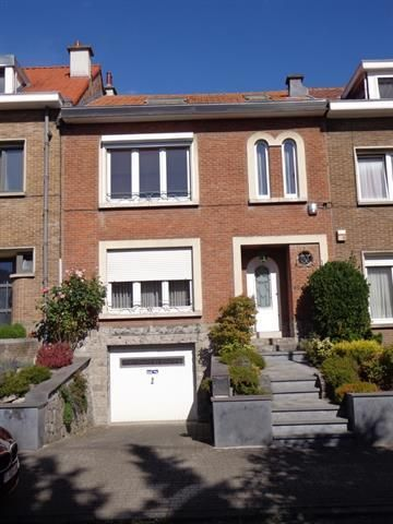 Bel-etage van 2 gevels  te koop te Dilbeek voor 330.000 € - (6672201)