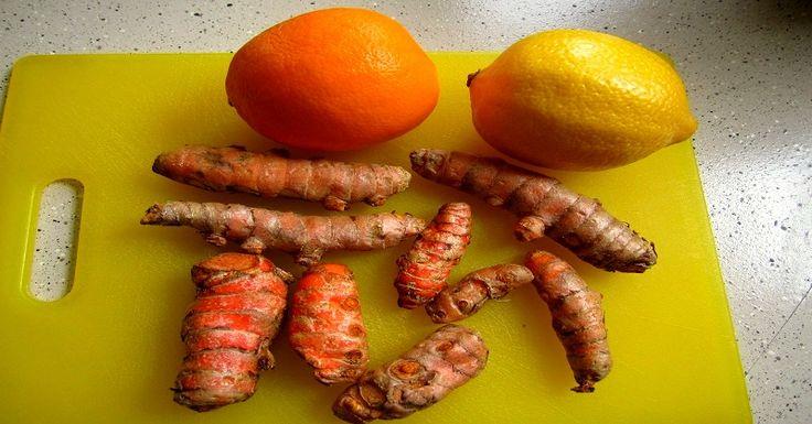 Si vous cherchezunsoulagement pourpresque toute maladie, le curcuma est votre réponse. Cette racine de couleur orange est un anti-inflammatoire qui empêche la croissance des cellules pré-cancéreuses, est une aide pour lamaladie d'Alzheimer, abaisse le mauvais cholestérol, et traite le cancer de la peau. Le curcuma est utilisé pour l'arthrite, les brûlures d'estomac (dyspepsie), les douleurs …