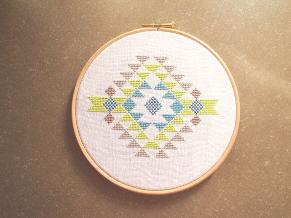 Geometric tribal embroidery hoop. Cross stitch by laLunaCreazioni