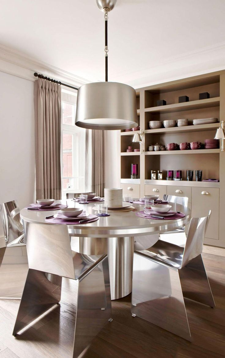 Virtuelle familien 2 wohnideen design chairs become the decorative jewel in the furnishing of an