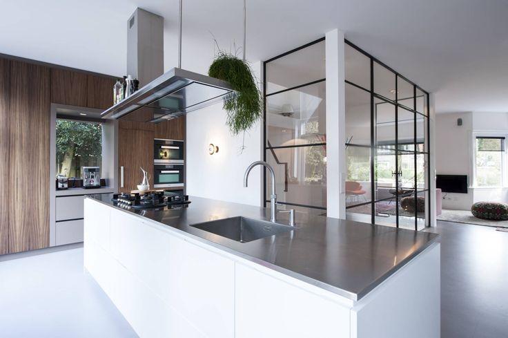 Jaren 30 Keuken Kopen : Jaren '30 Keuken op Pinterest – Keukens, Jaren 40 Keuken en Klassieke
