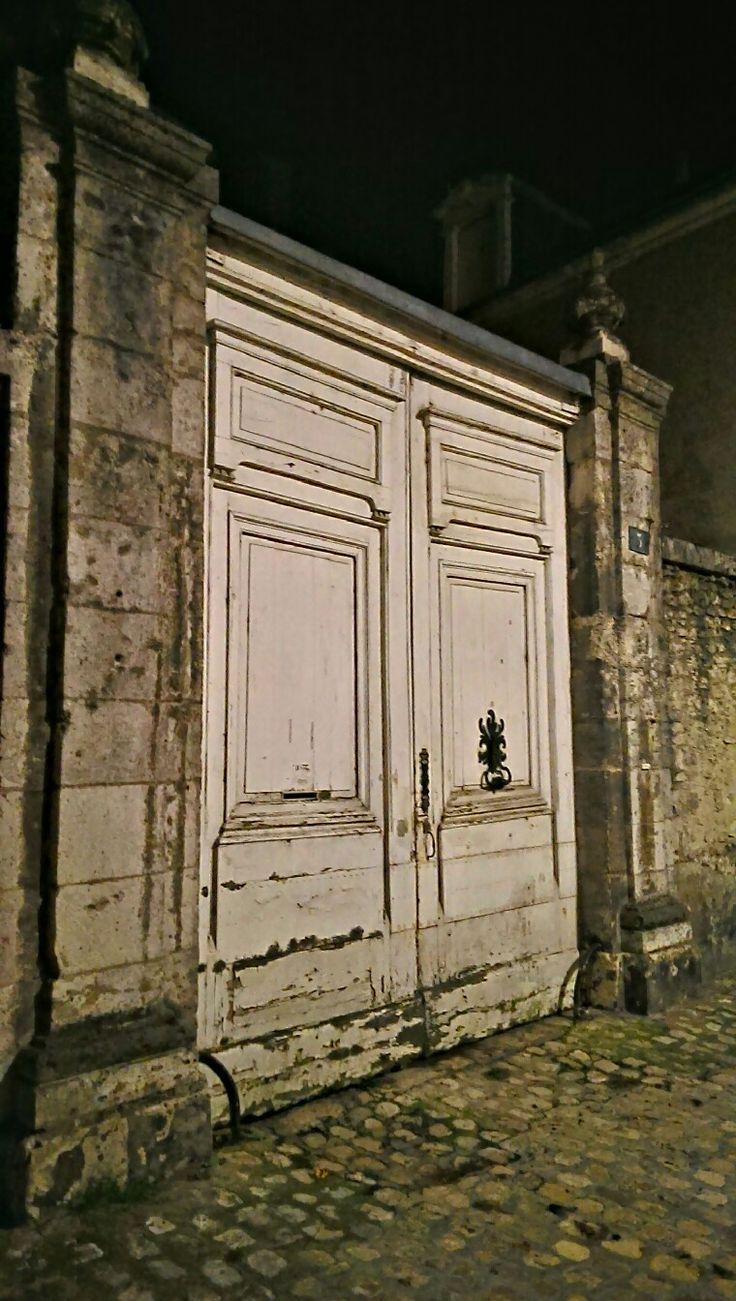 Door in the middle