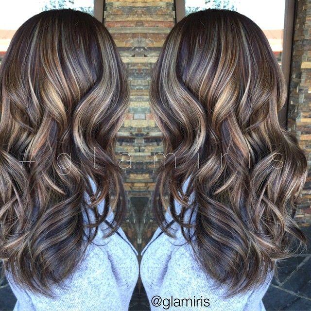 Dimensional warm+cool tones emojiemojiemoji #balayage #balayagehighlights #highlights #silverhair #balayagehair #hairbyiris #glamiris #sebastianwna #numestyle #fallhair #hair #hairtrends #hairdesign #haircrush #modernsalon #btcpics #behindthechair #luxsalon #colormelt #hairpaint @lux_salon