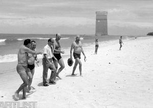 Navrat do Adriaportu – Gustav Husák na pláži