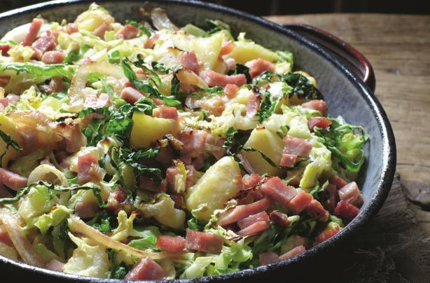 This hearty potato and onion cake from the North East of England is an amazingly low-cost dinner – Slimming World's version includes cabbage and tasty ham to make it a complete meal. This dish can be ready on the dinner table in 1hr. This recipe serves 4 people. Any leftovers can be kept in a Tupperware in the fridge for up to 2 days.