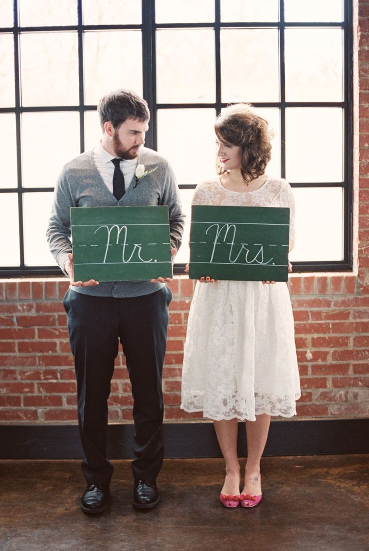 School inspired Mr & Mrs signs // photo by http://9nl.eu/liveviewfeat, see more: http://theeverylastdetail.com/childhood-sweetheart-wedding-ideas/