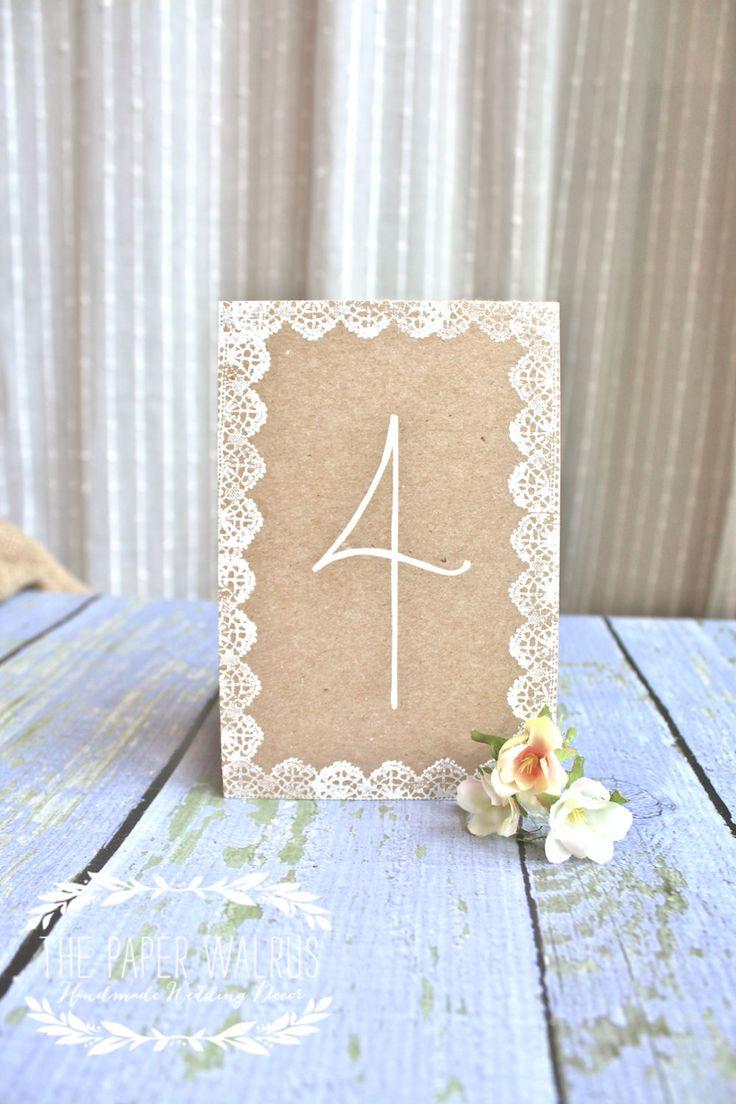 Pappe mit Spitze bekleben und als Tischplan nutzen - Lace Wedding Table Numbers  Handmade   von ThePaperWalrus auf Etsy, $2,50