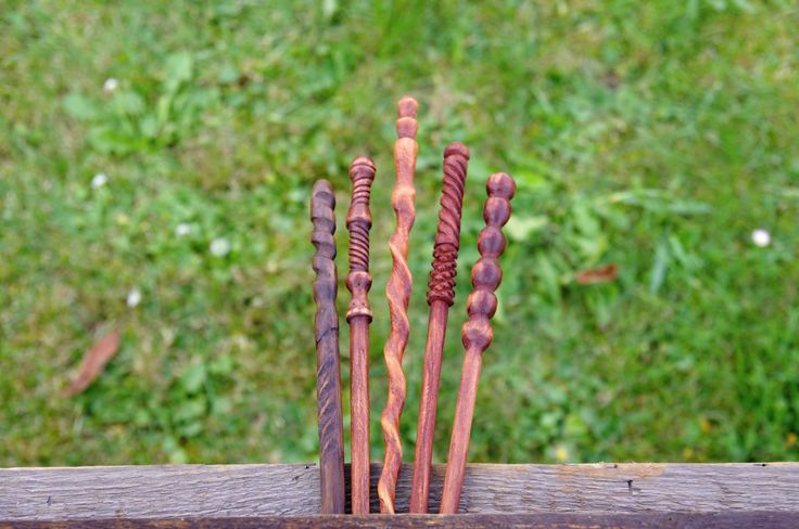Alder wand - handmade from one piece of wood by Kwerkies on Etsy