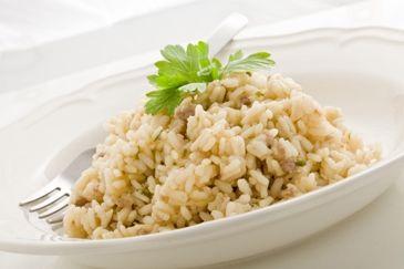 Risotto met gerookte zalm: http://www.gezondheidsnet.nl/wat-eten-we-vandaag/recepten/11930/risotto-met-gerookte-zalm #recept