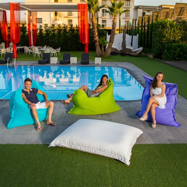 25 best ideas about cuscini da pavimento su pinterest for Cuscini galleggianti piscina