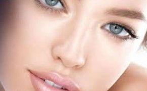 6 Καθημερινές Συνήθεις Που Γερνούν Το Δέρμα