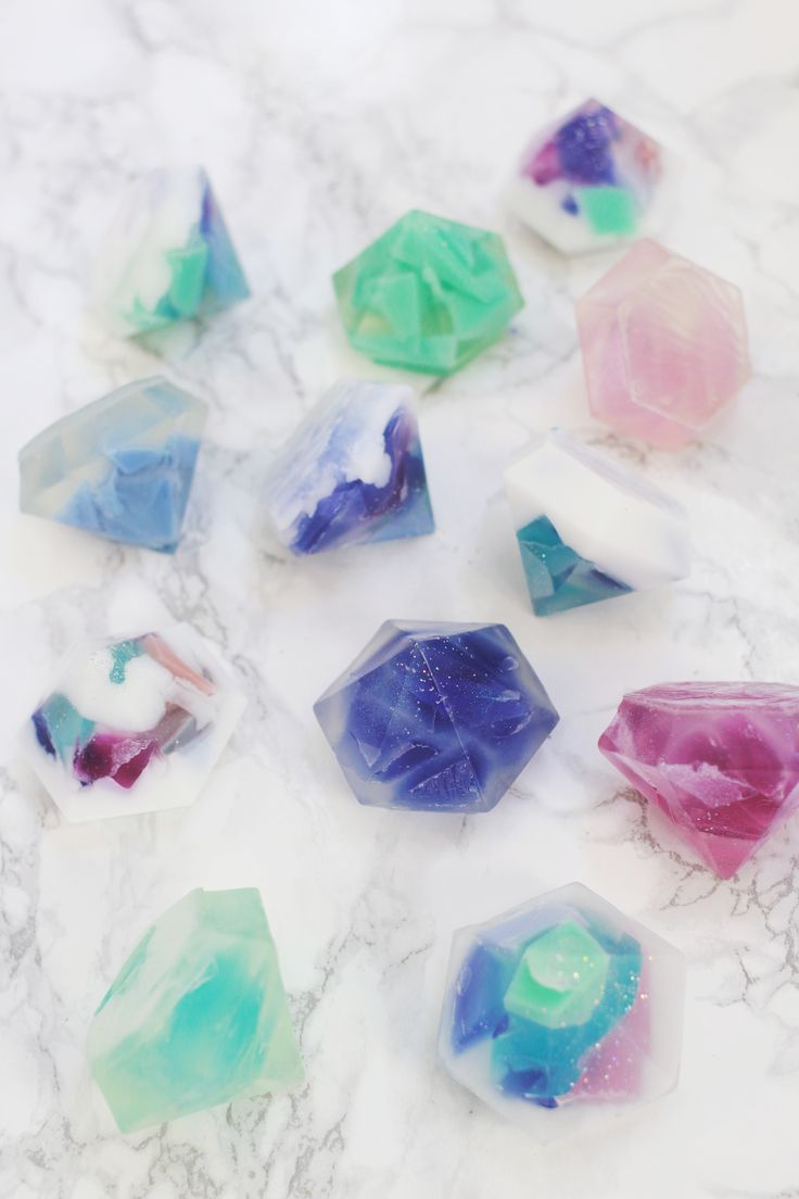 Gemstone soap is my new favorite thing! You can either use rectangle molds & cut facets into the finished soap, or use diamond shaped molds to create your gemstone beauties.