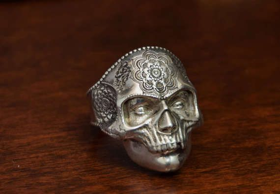 Indie Skull Ring in Sterling Silver 925. ALL RING SIZES AVAILABLE. Man Skull Ring with very detailed decoration. Check listing for more photos of this jewelry!