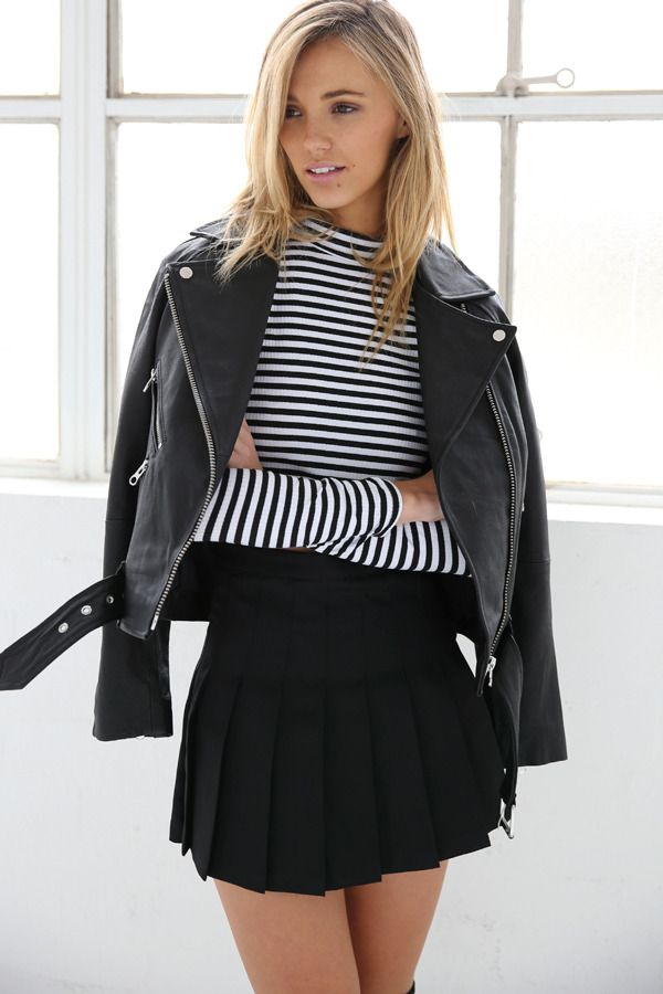 Pleated Mini Skirt | STYLEADDICT.COM.AU