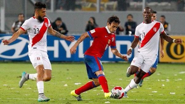 Jorge Valdivia se perfila como titular en Chile para enfrentar a Perú - RPP Noticias