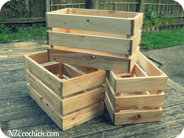 Crates Made Out of Pallets DIY