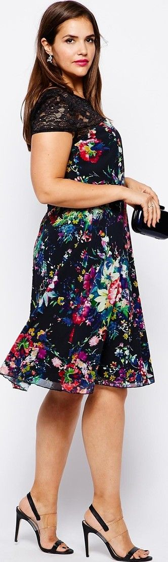 plus size black floral evening party dress for baby boomer women over 40 50 60 -   http://www.boomerinas.com/2014/08/13/summer-dresses-and-tops-in-plus-sizes-2014-styles/