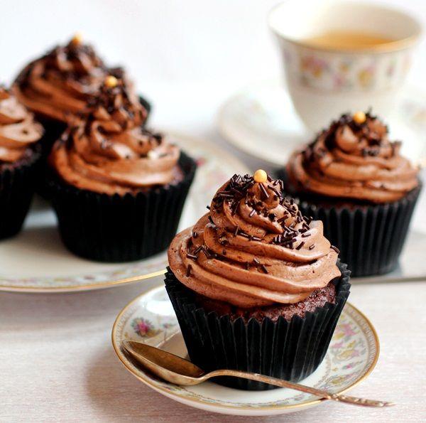 babeczki czekoladowe z kremem czekoladowo-karmelowym