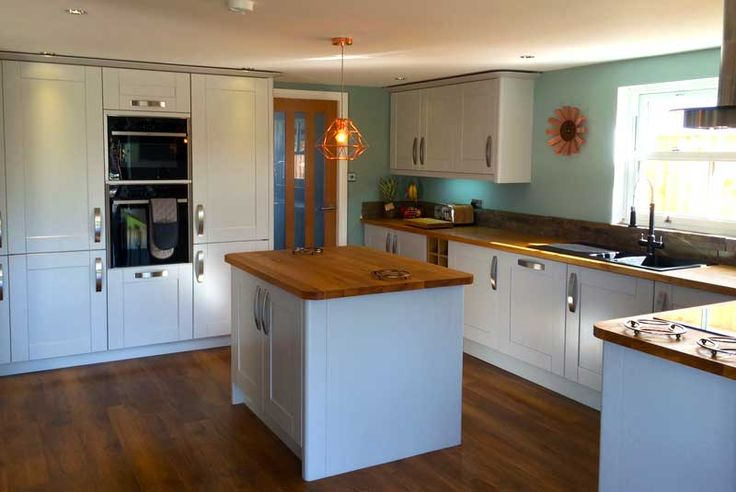 An Innova Linwood Light Grey Kitchen -  http://www.diy-kitchens.com/kitchens/linwood-light-grey/details/