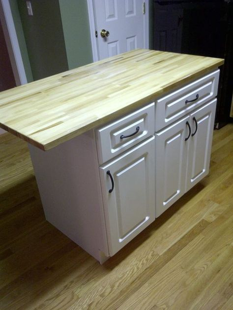 DIY Kitchen island... cheap kitchen cabinets and a countertop... easy to put together! If only my kitchen were big enough for an island! :(