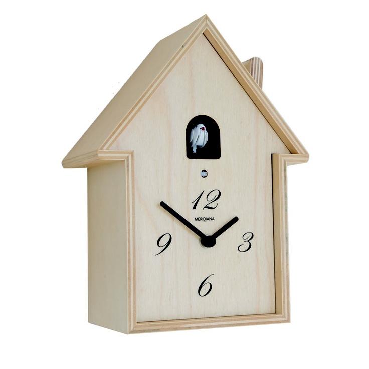 Horloge coucou en bois brut traditionnel