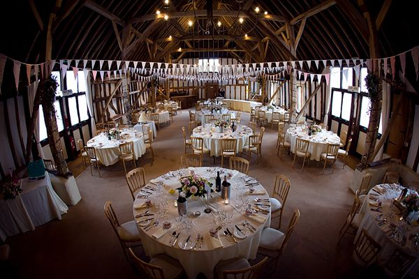 Country House Wedding Venues ~ Showcasing Unique Wedding Venues Throughout the UK