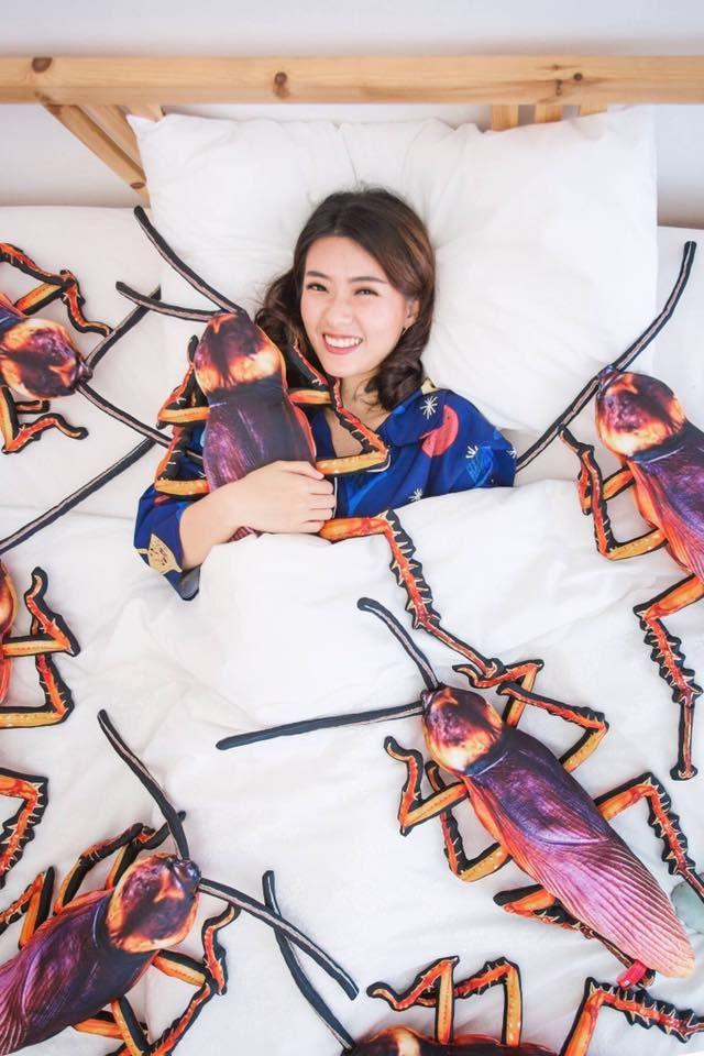 Hamam böceği yastık tasarımı