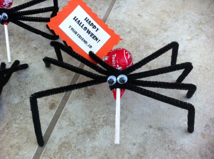 Spider lollipops for Halloween party at preschool.