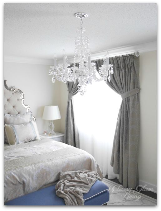 best 25 bedroom chandeliers ideas on pinterest 14734 | 23e3905bee1cbf718cb651fec4a6cc66 master bedroom chandelier bedroom chandeliers