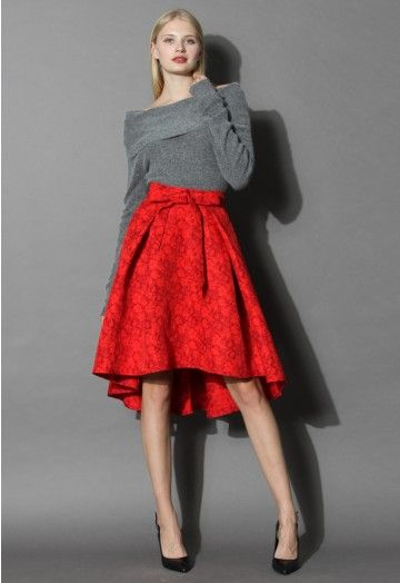 Bring the scarlet red to the fall season in our jacquard floral waterfall skirt. The textured floral-printed fabric gives this ensemble a vintage feel while the bright, red hue and flirty high-low hemline channel spring in the chicest way!  - Hi-lo design - Bowknot trimmed on waist - Lined - Concealed back zip closure - 100% polyester - Machine washable  Size(cm)  Length  Waist XS       66-79   64 S        66-79   68 M       66-79    72 L       …
