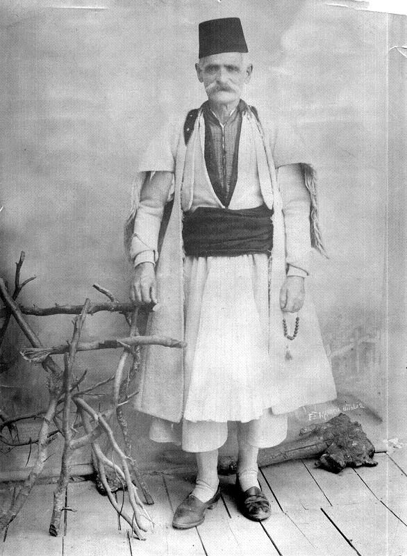 Aromanian man photographed by the Manaki brothers