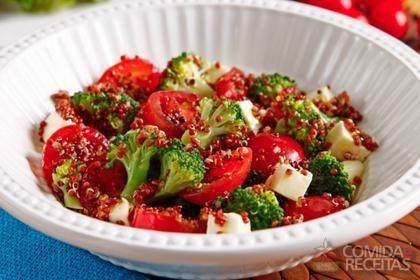 Receita de Salada de quinoa com brócolis em receitas de saladas, veja essa e outras receitas aqui!