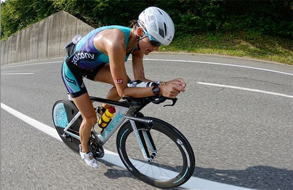 Ironman Triathlon Competitor Linsey Corbin Shares Her Spin on the Pushup | SELF
