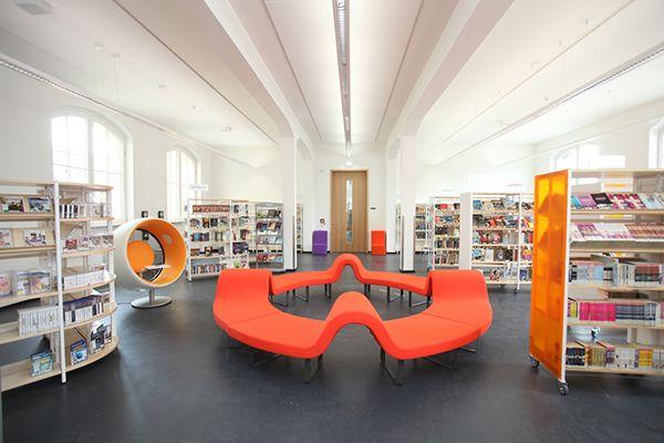 Stadtbibliothek Leipzig - Public Library Leipzig, Germany. Seating as sculpture. So cool. EA.