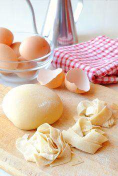 pasta fresca all'uovo fatta in casa