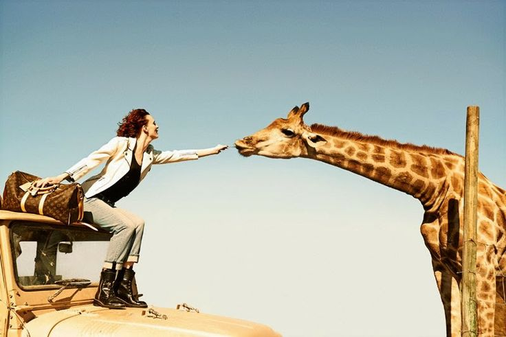UM RAIO DE SOL NA ÁGUA FRIA By Marta Martins : Louis Vuitton Spirit of Travel Campaign by Peter L...