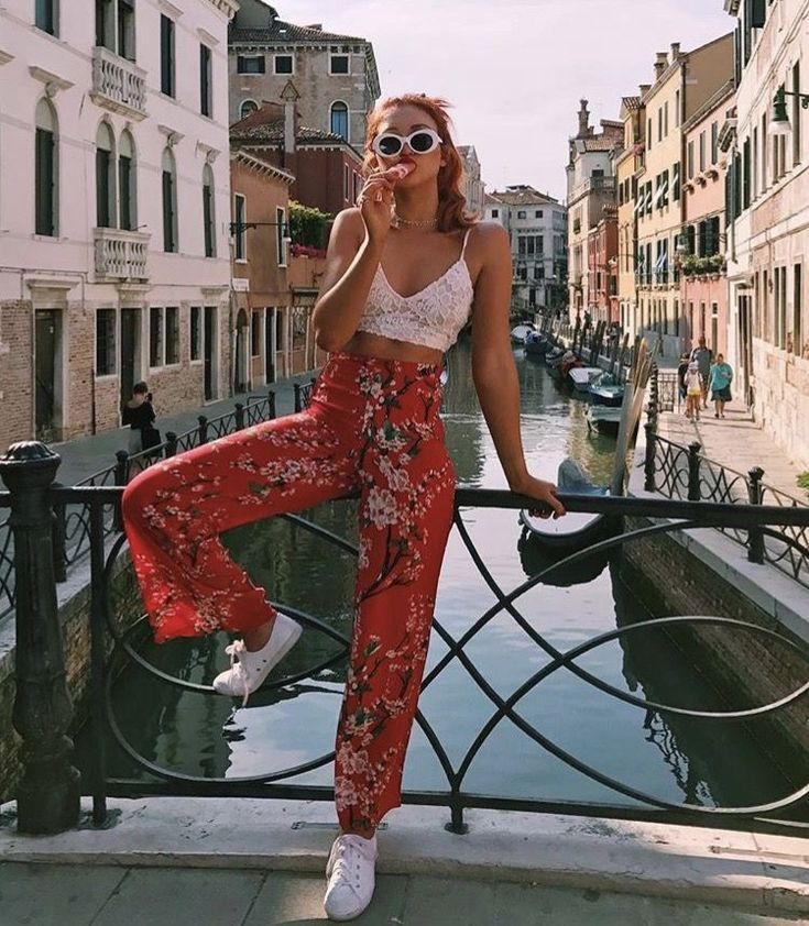 Flawless boho chic fashion. Check out our website for bohemian decor and fashion recommendations.