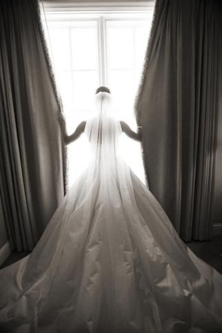 This photo speaks for itself. #Amsale #RealWeddingDaily Cups, Photos Ideas, Photo Ideas, Dresses, Wedding Gowns, The Dress, Wedding Poses, Wedding Pictures, Wedding Photography Poses