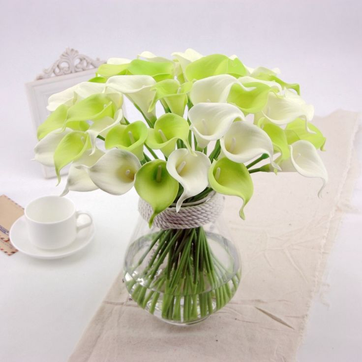 Lily Vase Wedding Flowers : Best images about calla lilies on