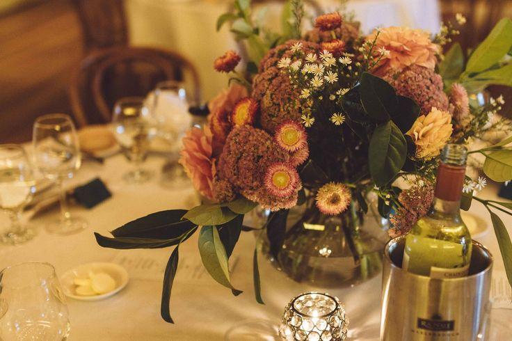 Relaxed centerpiece, warm colours, Melbourne Wedding #wedding #melbourne #flowers