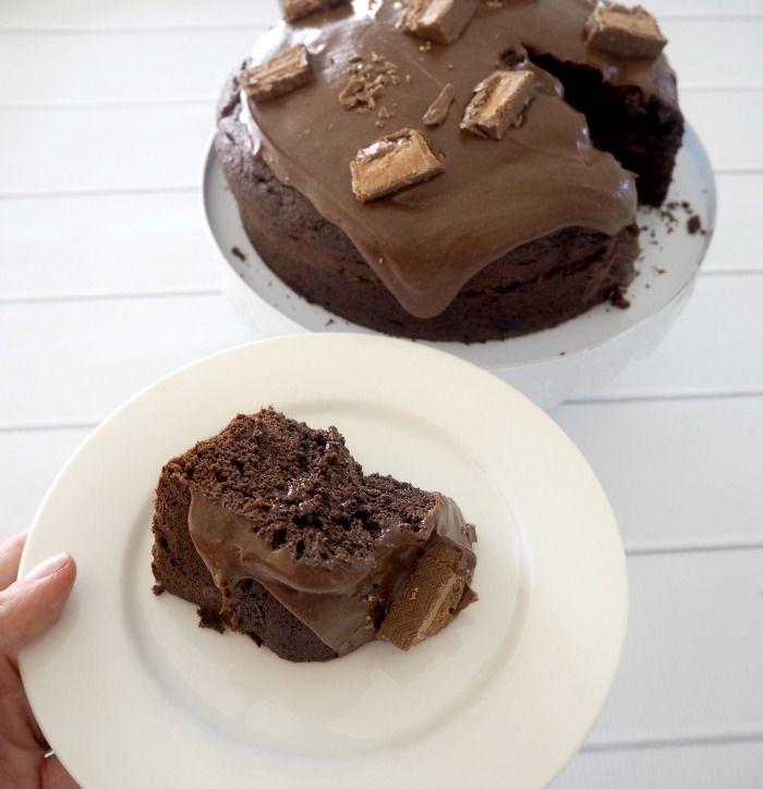 One Bowl Chocolate Mars Bar Cake