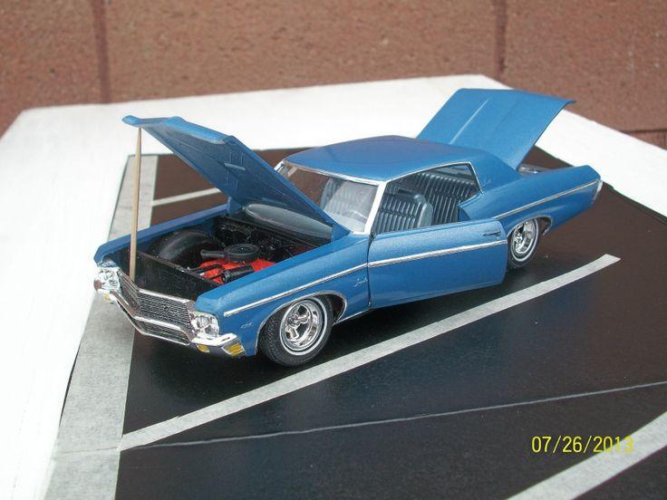 1970 chevy impala 125 scale model car