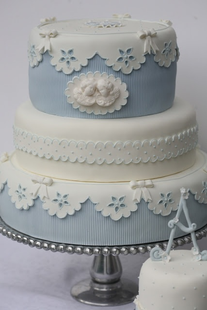 Blue Lace Wedding Cake Para bautismo de un varoncito!